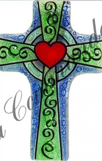 Croix en verre avec coeur