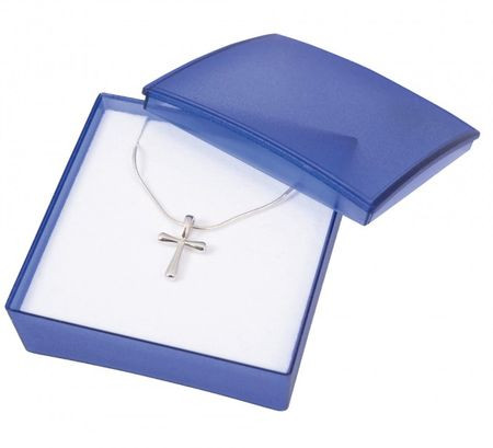 Collier avec pendentif croix en argent