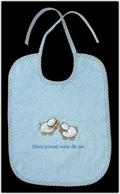 Bavoir bleu en éponge moutons brodés