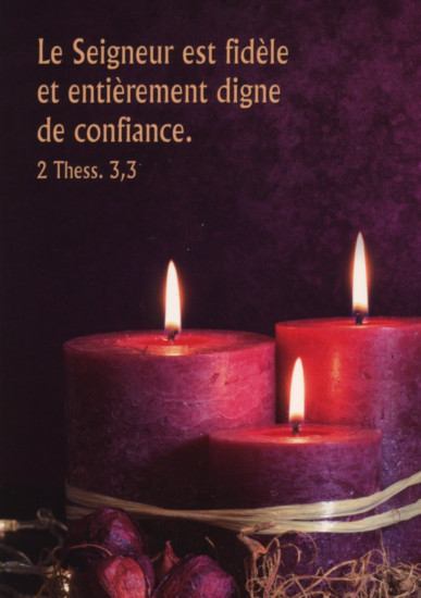 Carte Fin D'année avec 3 bougies violettes