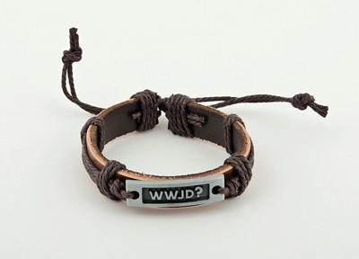 Bracelet cuir brun, plaque métal WWJD