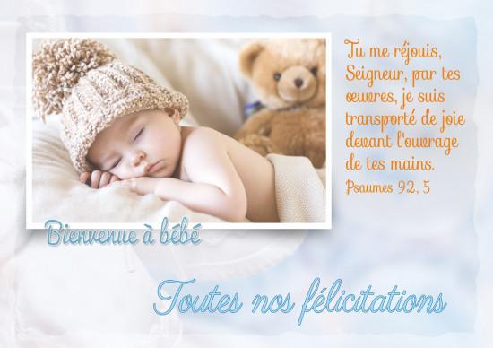 Carte double Naissance Bébé qui dort avec un bonnet et une peluche