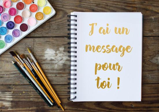Carte avec message Carnet de dessin et accesoires de peinture