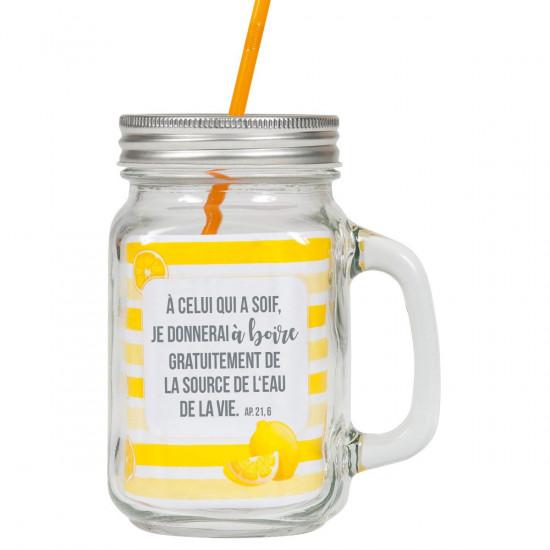Tasse rustique avec poignée, couvercle métal et paille jaune