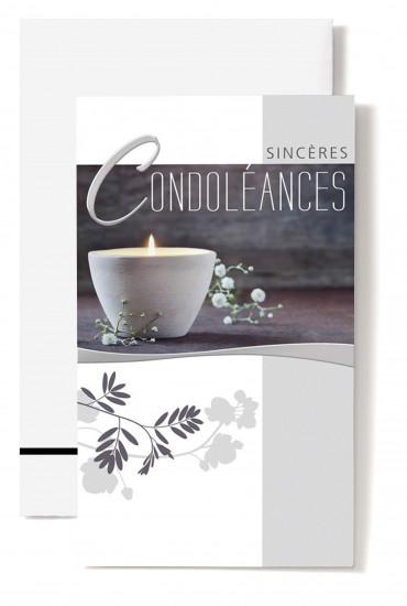 Carte double Condoléances Bougie blanche, petites fleurs blanches