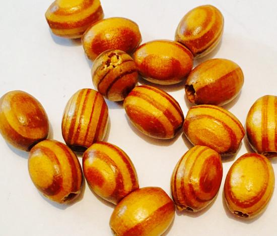 Perles ovales en bois imitation olivier. 10 x 8 mm. 65 perles