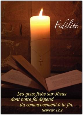Carte Fin D'année avec Bougie et Bible (Fidélité)