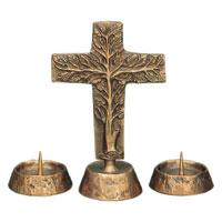 Croix sur pied en bronze